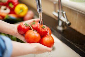 Como higienizar frutas e hortaliças?